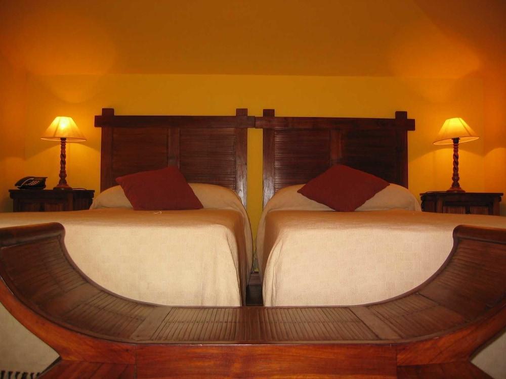 아이레 데 루에스가(Aire de Ruesga) Hotel Image 5 - Guestroom
