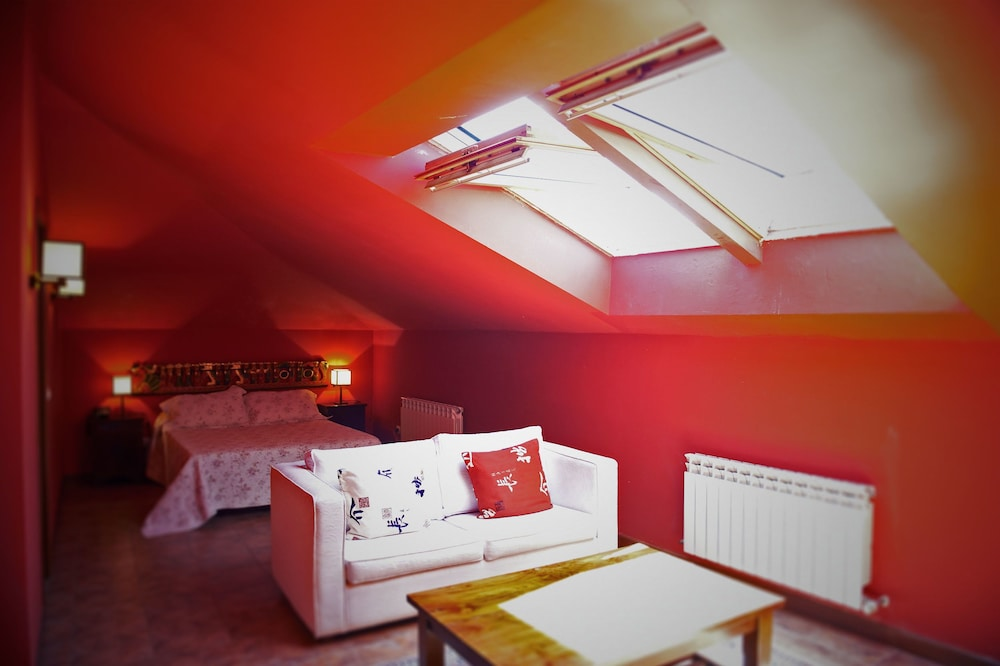 아이레 데 루에스가(Aire de Ruesga) Hotel Image 9 - Guestroom