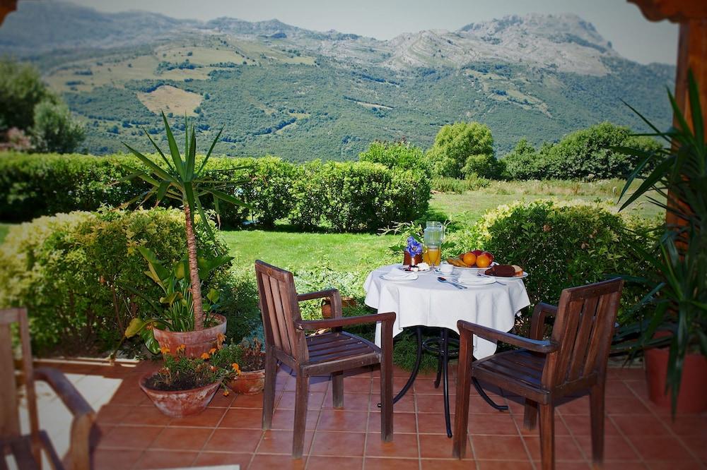 아이레 데 루에스가(Aire de Ruesga) Hotel Image 41 - Outdoor Dining