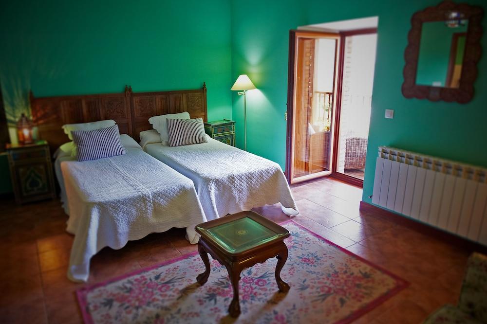 아이레 데 루에스가(Aire de Ruesga) Hotel Image 8 - Guestroom