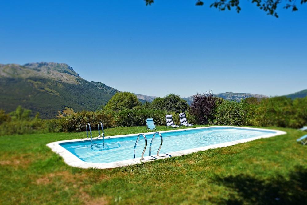 아이레 데 루에스가(Aire de Ruesga) Hotel Image 20 - Outdoor Pool