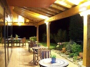 아이레 데 루에스가(Aire de Ruesga) Hotel Image 46 - Porch