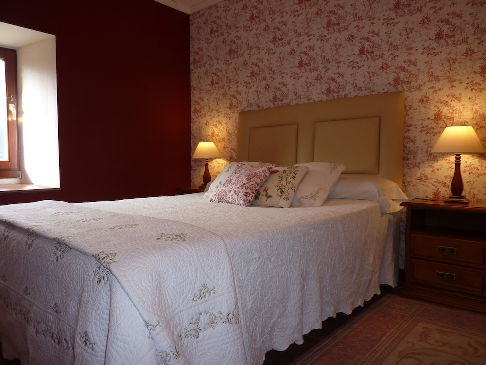 아이레 데 루에스가(Aire de Ruesga) Hotel Image 12 - Guestroom