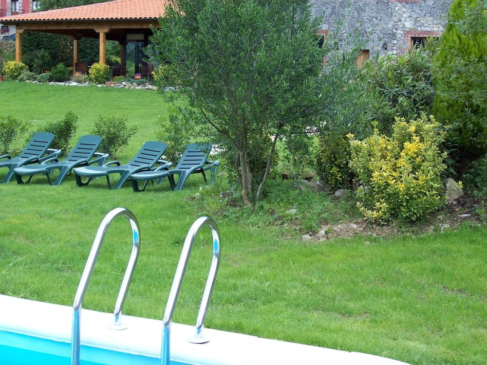 아이레 데 루에스가(Aire de Ruesga) Hotel Image 19 - Outdoor Pool