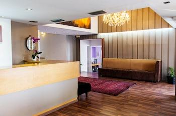 Hotel - Galaxy Hotel