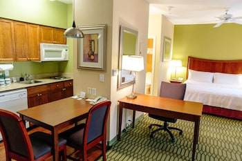 Hotel - Homewood Suites by Hilton College Station
