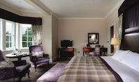 Deluxe Double Room (Feature)