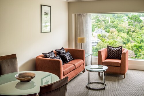 Bolton Hotel, Wellington