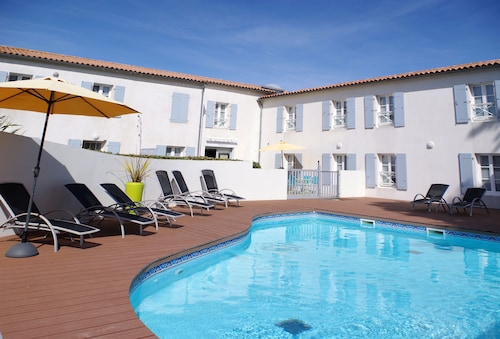 __{offers.Best_flights}__ Appart'hôtel Perle de Ré