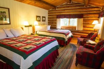 Duplex style cabin