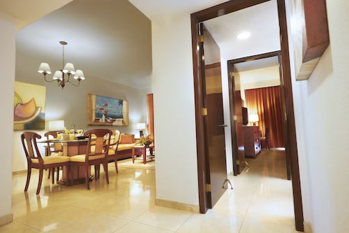 The Royal Cancun All Suites Resort, Benito Juárez