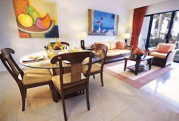 Master Villa, 2 Bedrooms, Kitchen, Resort View - Up to 6 people - Room Only