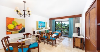 Villa, 2 Bedrooms, Kitchen, Resort View - Up to 5 people - Room Only