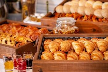 HOTEL MONTEREY GINZA Breakfast buffet