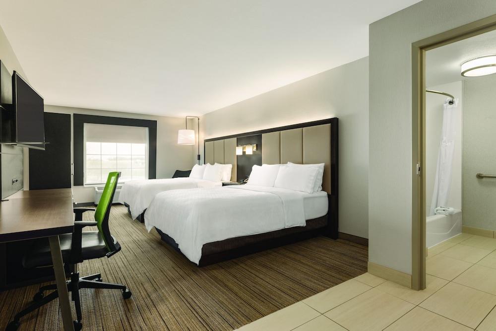 홀리데이 인 익스프레스 호텔 앤드 스위트 로턴-포트실(Holiday Inn Express Hotel & Suites Lawton-Fort Sill) Hotel Image 8 - Guestroom