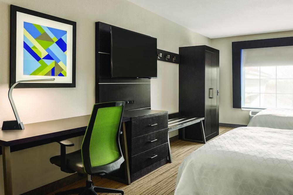 홀리데이 인 익스프레스 호텔 앤드 스위트 로턴-포트실(Holiday Inn Express Hotel & Suites Lawton-Fort Sill) Hotel Image 17 - Guestroom