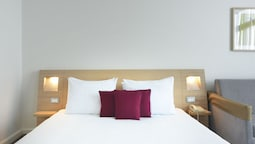 Superior Tek Büyük Yataklı Oda, 1 Çift Kişilik Yatak Ve Çekyat