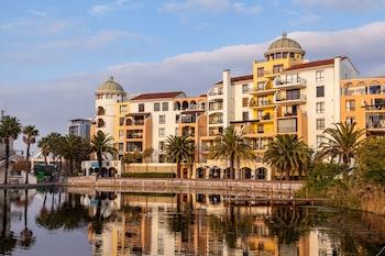 Hotel - Island Club Hotel & Apartments