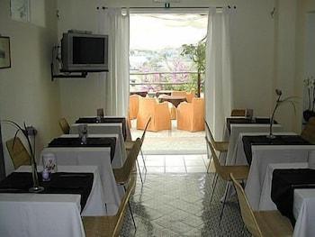 ホテル セナリア