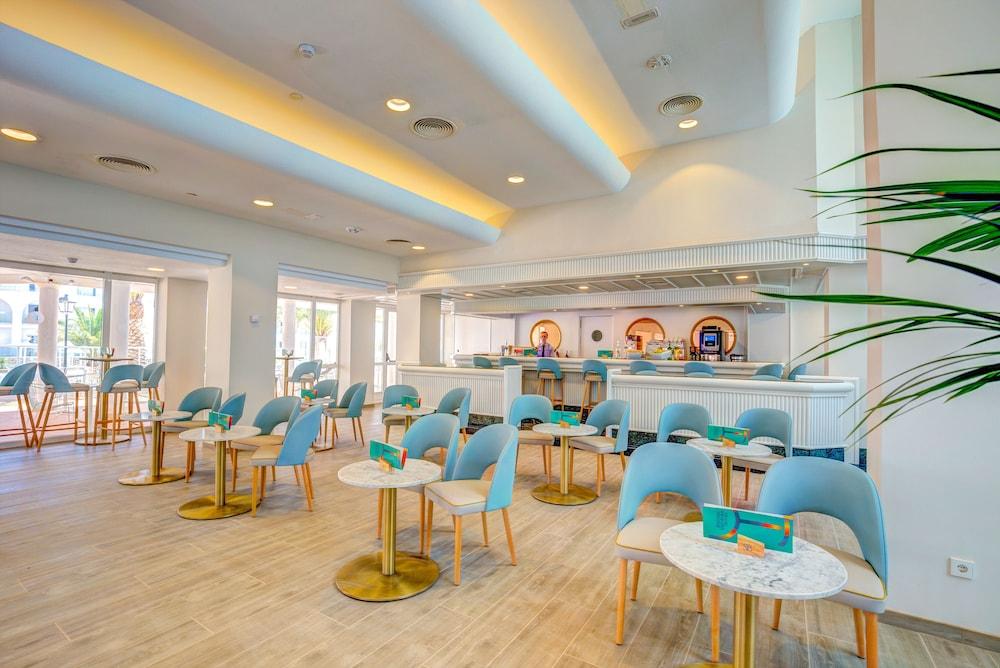 SBH 막소라타 리조트(SBH Maxorata Resort) Hotel Image 28 - Hotel Bar