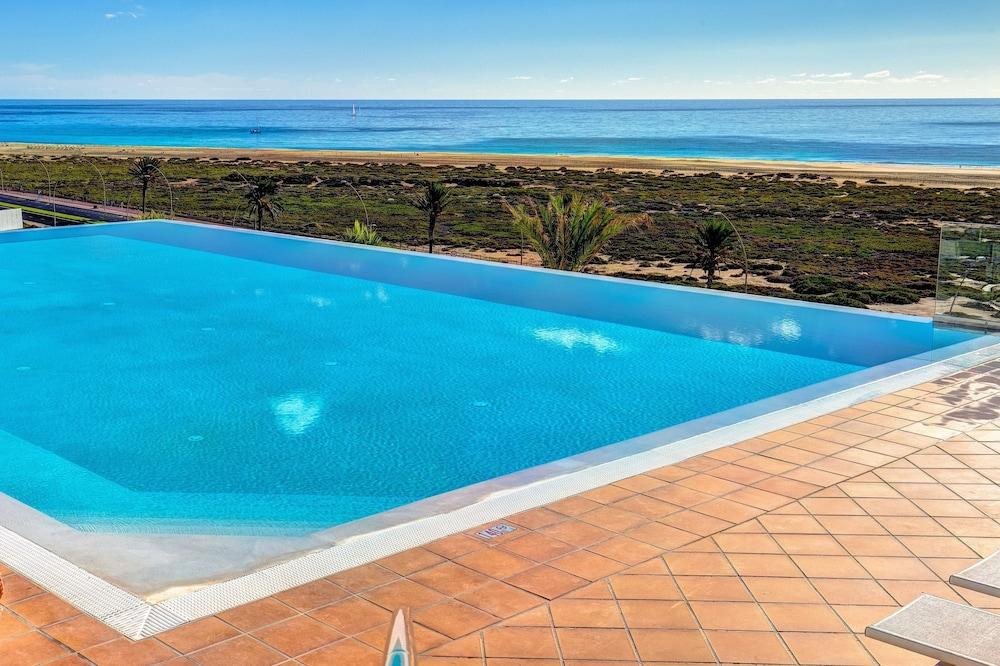 SBH 막소라타 리조트(SBH Maxorata Resort) Hotel Image 1 - Pool