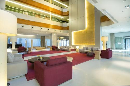 Madryt - Hotel Nuevo Madrid - z Warszawy, 23 kwietnia 2021, 3 noce