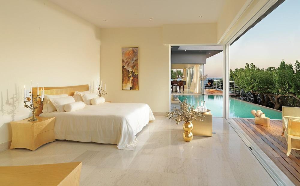 https://i.travelapi.com/hotels/2000000/1170000/1164100/1164026/93954c70_z.jpg