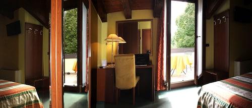 . Hotel Antico Moro