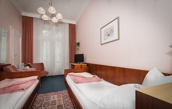 Single Room, Shared Bathroom