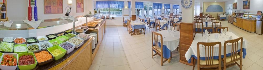 https://i.travelapi.com/hotels/2000000/1170000/1165500/1165488/253d658c_z.jpg