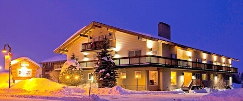 . The Mammoth Creek Inn