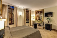 Deluxe Double Room (St. Mark view)