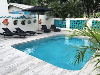 Hotel - Turquoise Shell Inn