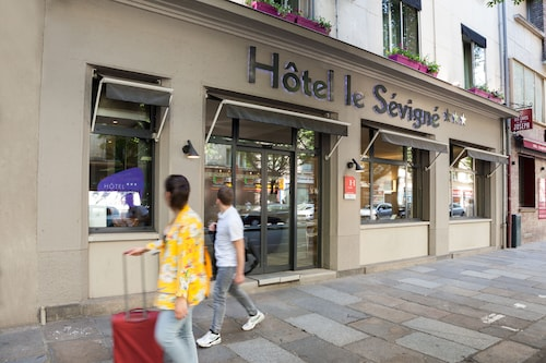 __{offers.Best_flights}__ The Originals City, Hôtel Le Sévigné, Rennes Gare (Inter-Hotel)