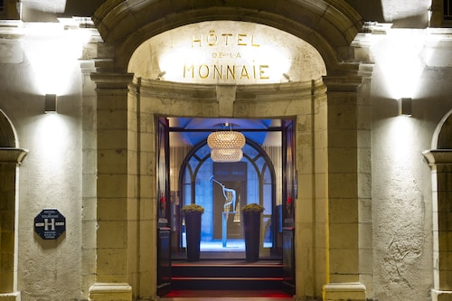 __{offers.Best_flights}__ La Monnaie Art & Spa Hotel