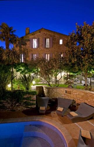 . Hostellerie Le Castellas