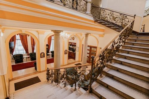. Tisza Hotel