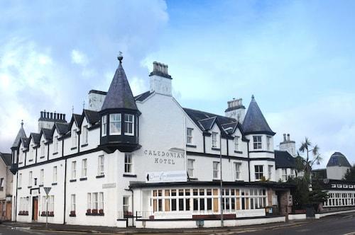 . Caledonian Hotel