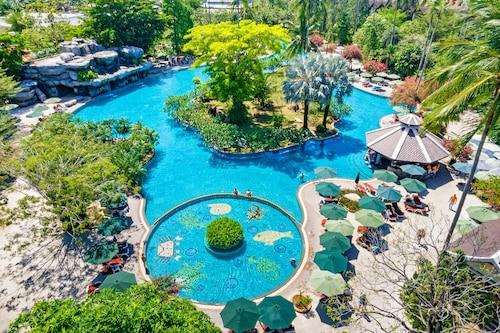 Patong Beach - Duangjitt Resort, Phuket - z Warszawy, 27 marca 2021, 3 noce
