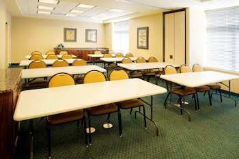 Meeting Facility at Extended Stay America Chesapeake - Greenbrier Circle in Chesapeake