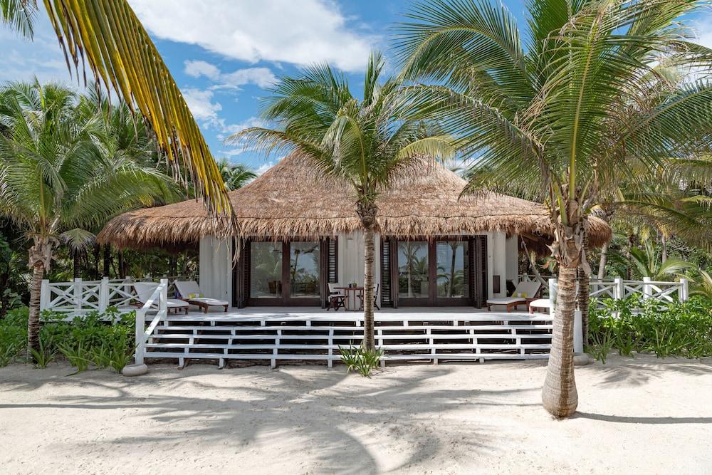 https://i.travelapi.com/hotels/2000000/1180000/1172400/1172376/a5531f49_z.jpg