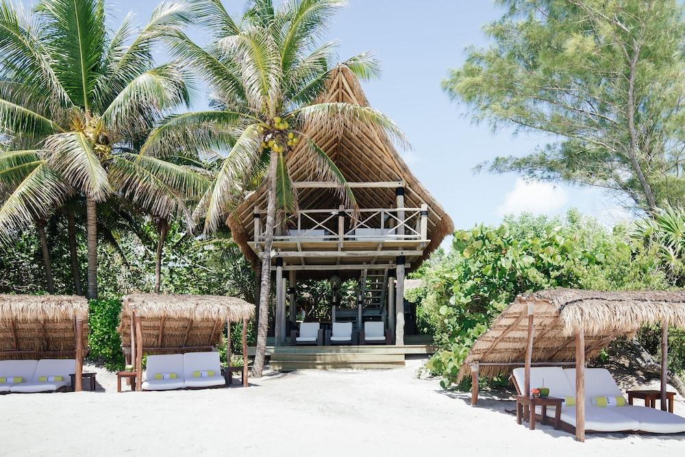 https://i.travelapi.com/hotels/2000000/1180000/1172400/1172376/f3888ec8_z.jpg
