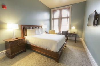 Room, 1 Queen Bed (EURO SHOWER)