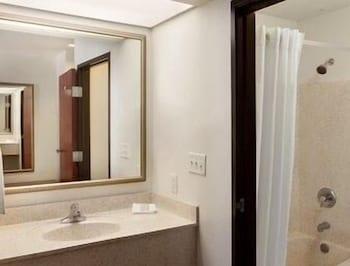 Guestroom at Super 8 by Wyndham Garland/Rowlett/East Dallas area in Garland