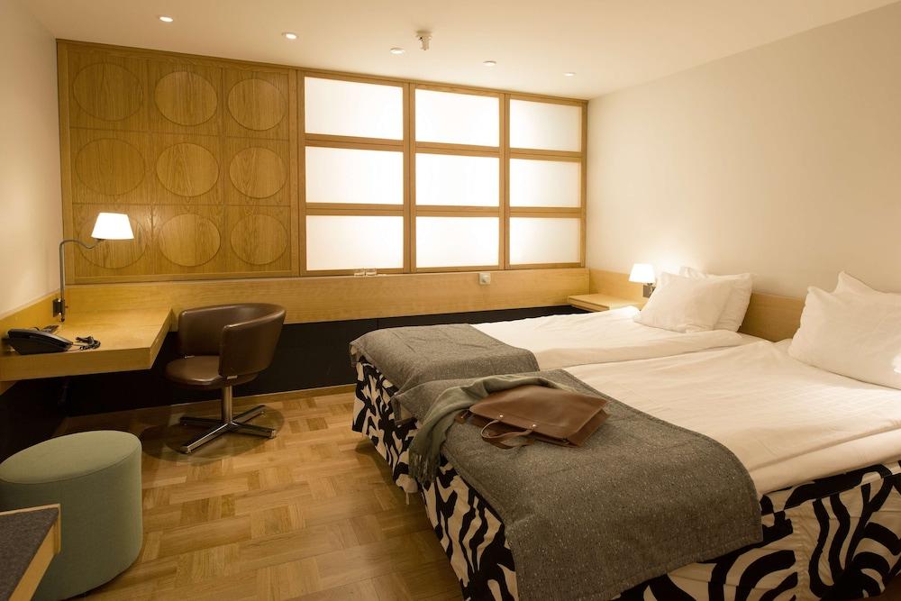 https://i.travelapi.com/hotels/2000000/1180000/1172600/1172600/f80f3b94_z.jpg