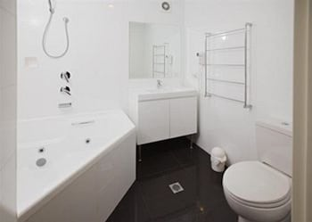 Jesmond Executive Villas - Bathroom  - #0