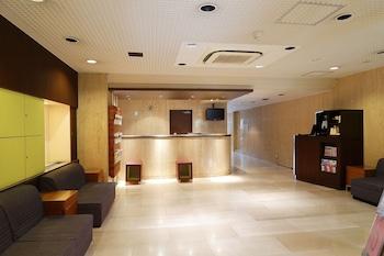 THE B TOKYO SANGENJAYA Interior Entrance