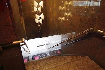 THE B TOKYO SANGENJAYA Hallway