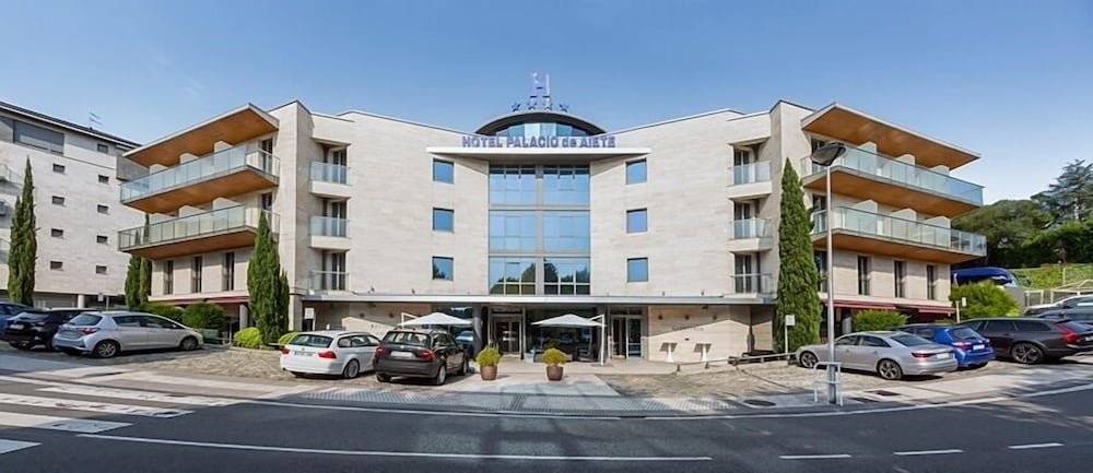 Hotel Palacio de Aiete, Featured Image