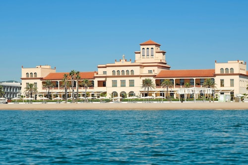 . Le Meridien Ra Beach Hotel & Spa